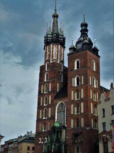 pielgrzymka po Krakowie do Kościoła Mariackiego