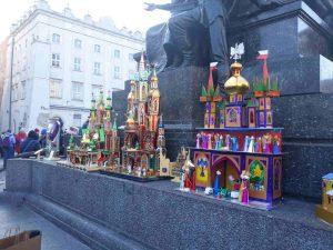 Szopki Krakowskie przy pomniku Adama Mickiewicza na krakowskim rynku
